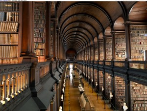 the-long-room-old-library-trinity-college-dublin-ireland